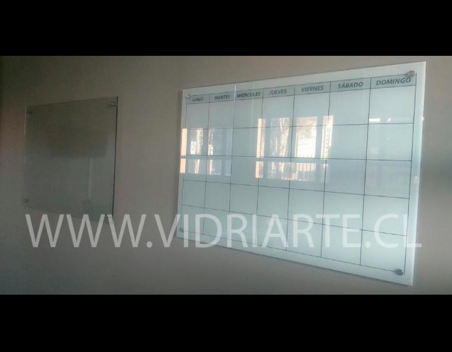 pizarra de vidrio blanca
